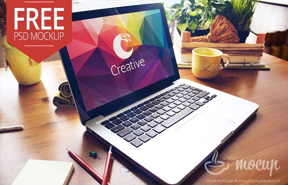 free-macbook-psd-mockup-creative
